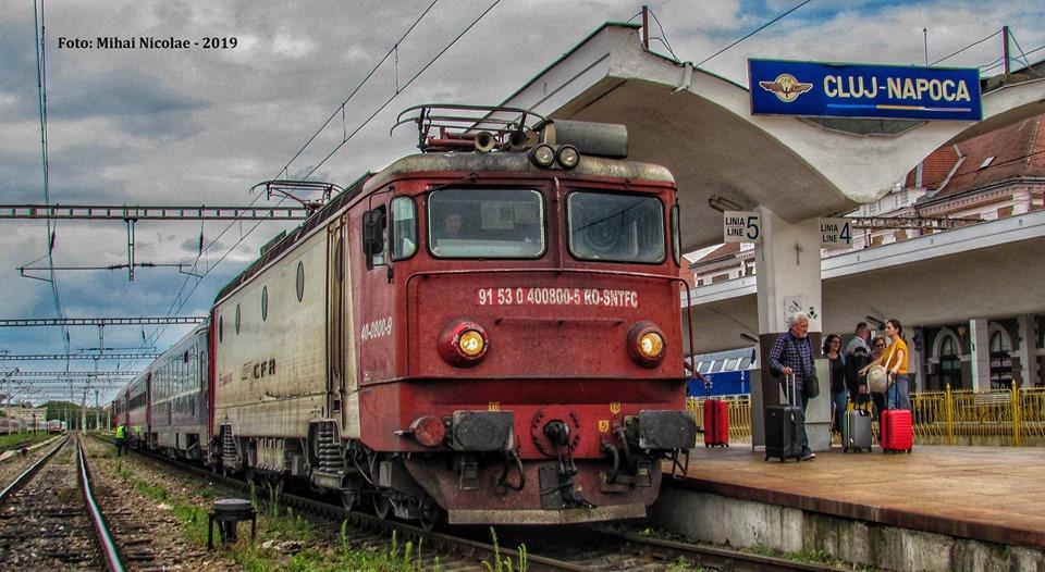 Locomotive clasa 400 - Pagina 72 80010