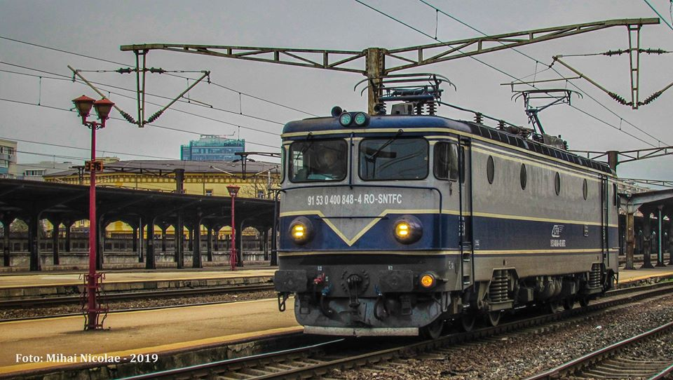 Locomotive clasa 400 - Pagina 7 84811