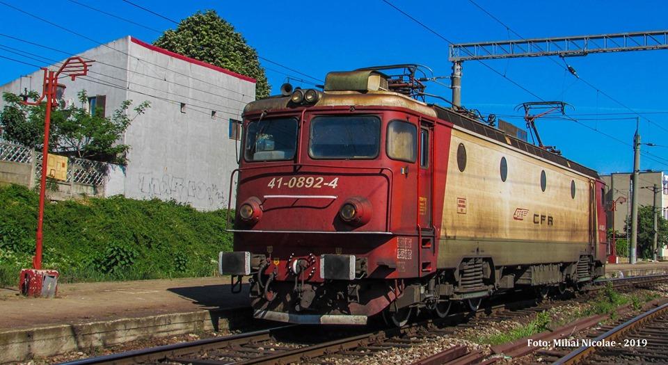 Locomotive clasa 410 - Pagina 29 89211