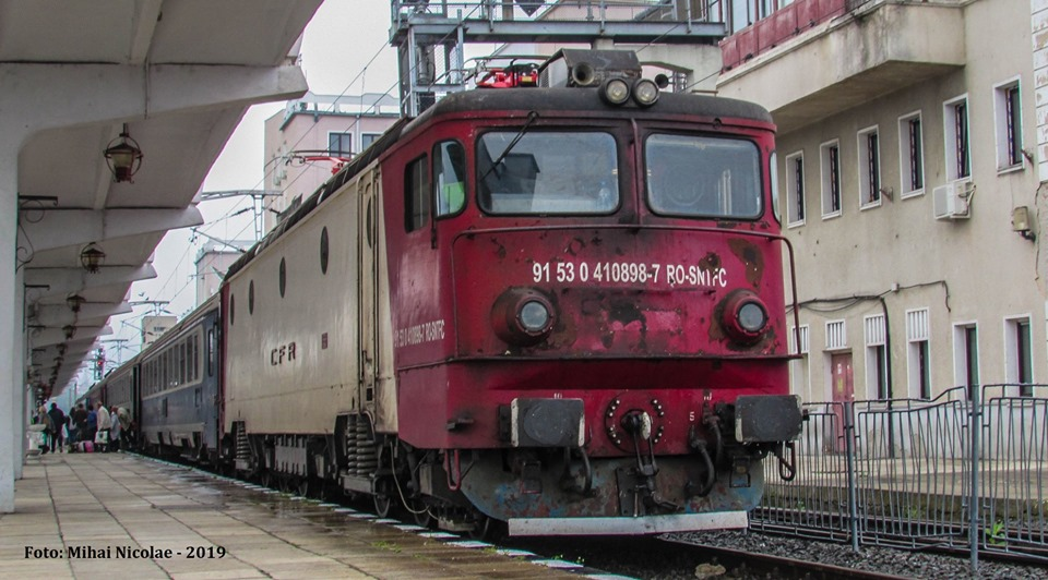 Locomotive clasa 410 - Pagina 29 89811