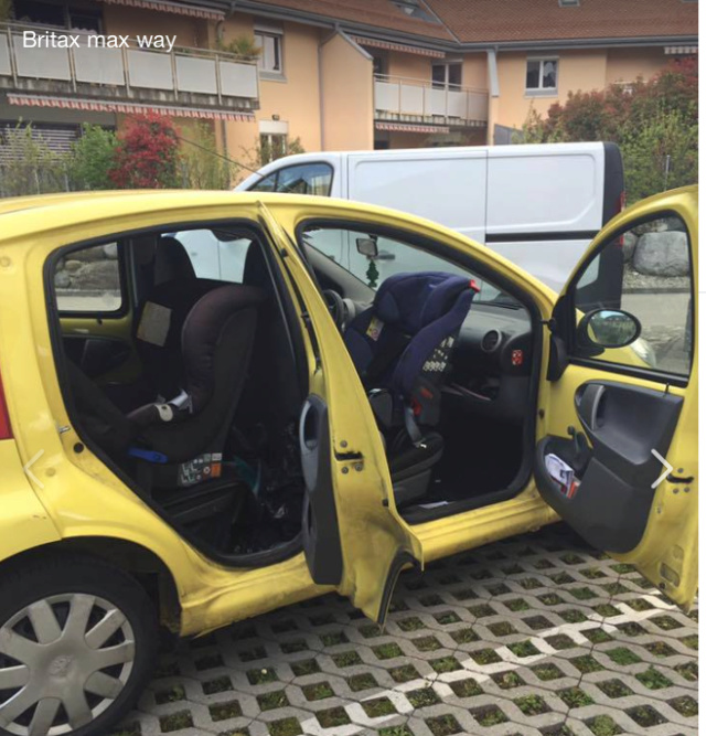 bon siège auto dans une voiture 3 portes?rêve ou réalité? Captur21