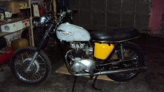 Club Triumph 500cc Unit Dsc00017
