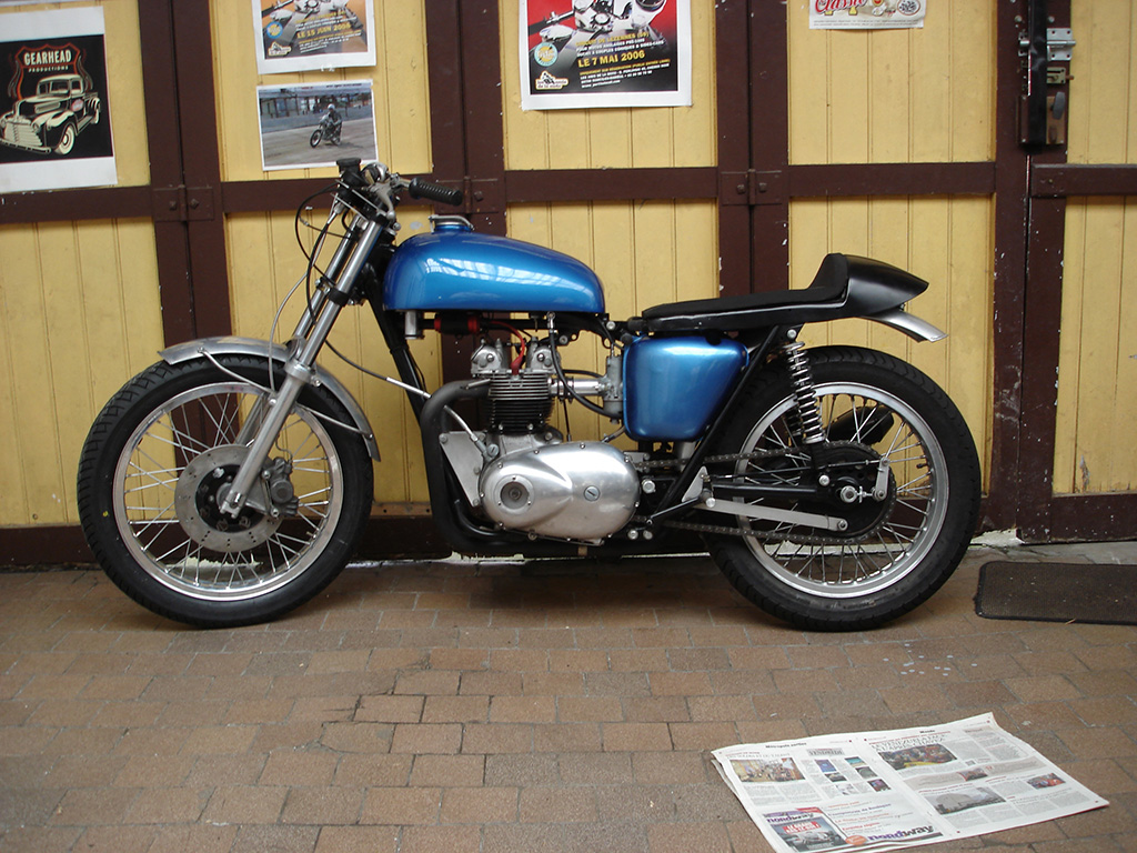 Club Triumph 500cc Unit