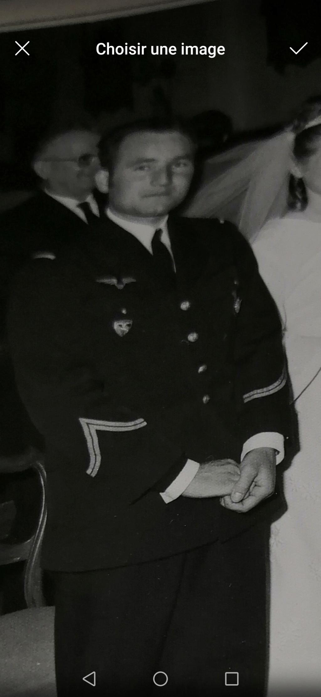 Mécanicien français de l armée de l air dans les années 70. Screen20