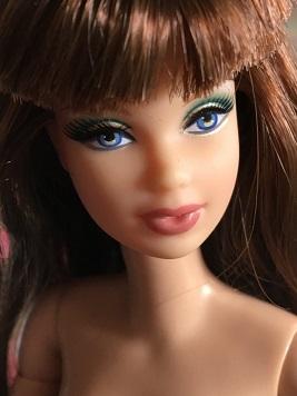 Ma galerie de petits mannequins >>> Nu Face Ayumi page 3 - Page 2 33355911