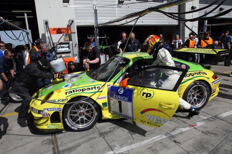 Les Porsche 911 de l'endurance 27050910