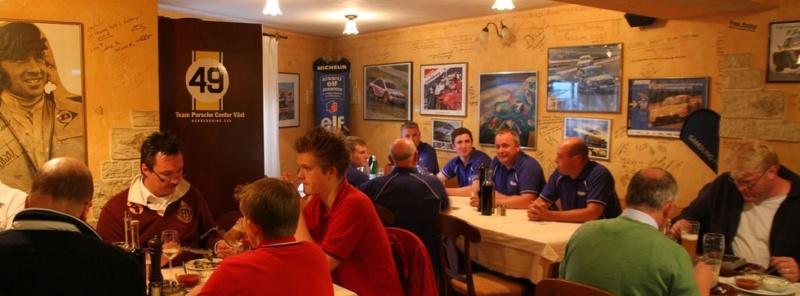 """Bienvenue au """"Bar Nürburgring - Pistenklause"""" 28921310"""