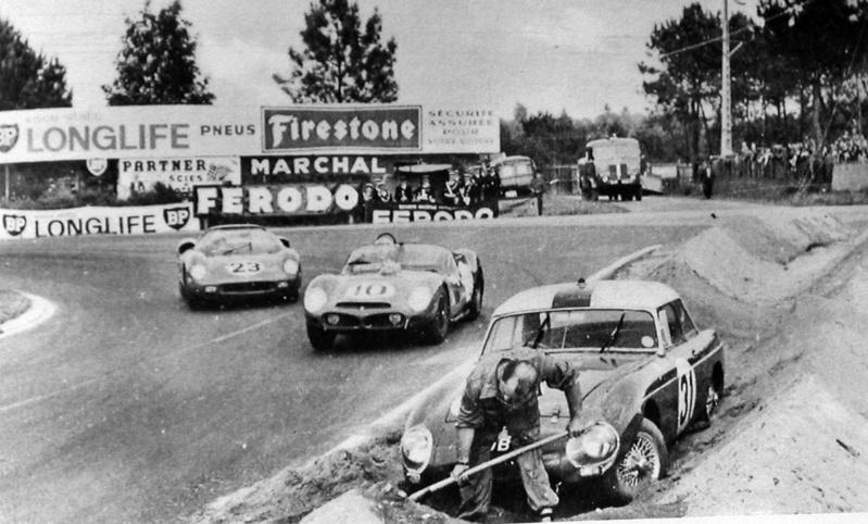 Les insolites du sport automobile. Le_man10