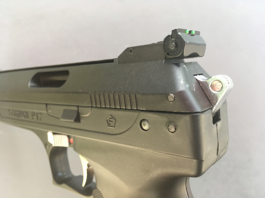 Réception premier pistolet : Beeman P17 Img_6513