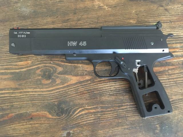 Poignée ergonomique pour HW45 / Colt 1911 Img_6919