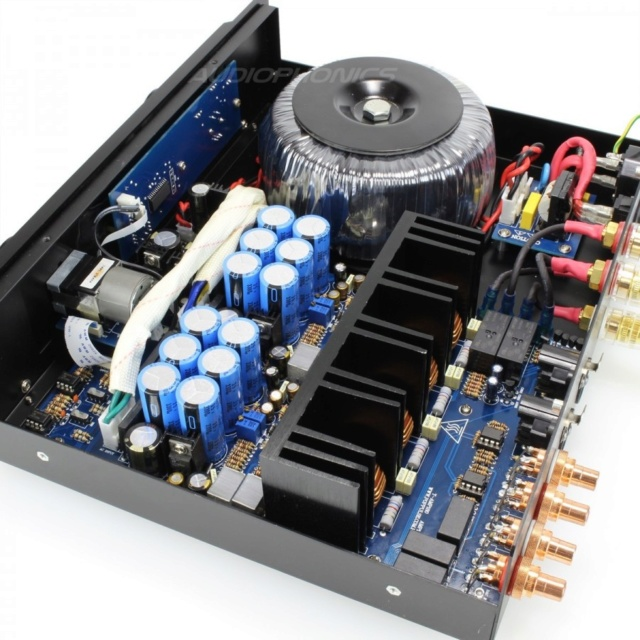 Poppulse T-180 Integrated Amplifier Poppul11