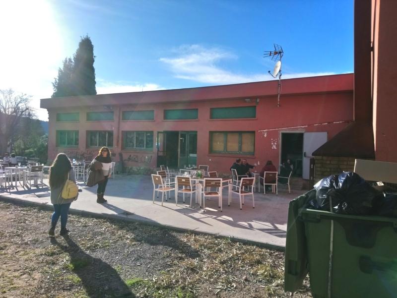 LOS BARES Y LOS CAMPOS DE FUTBOL BASE Barbeg16