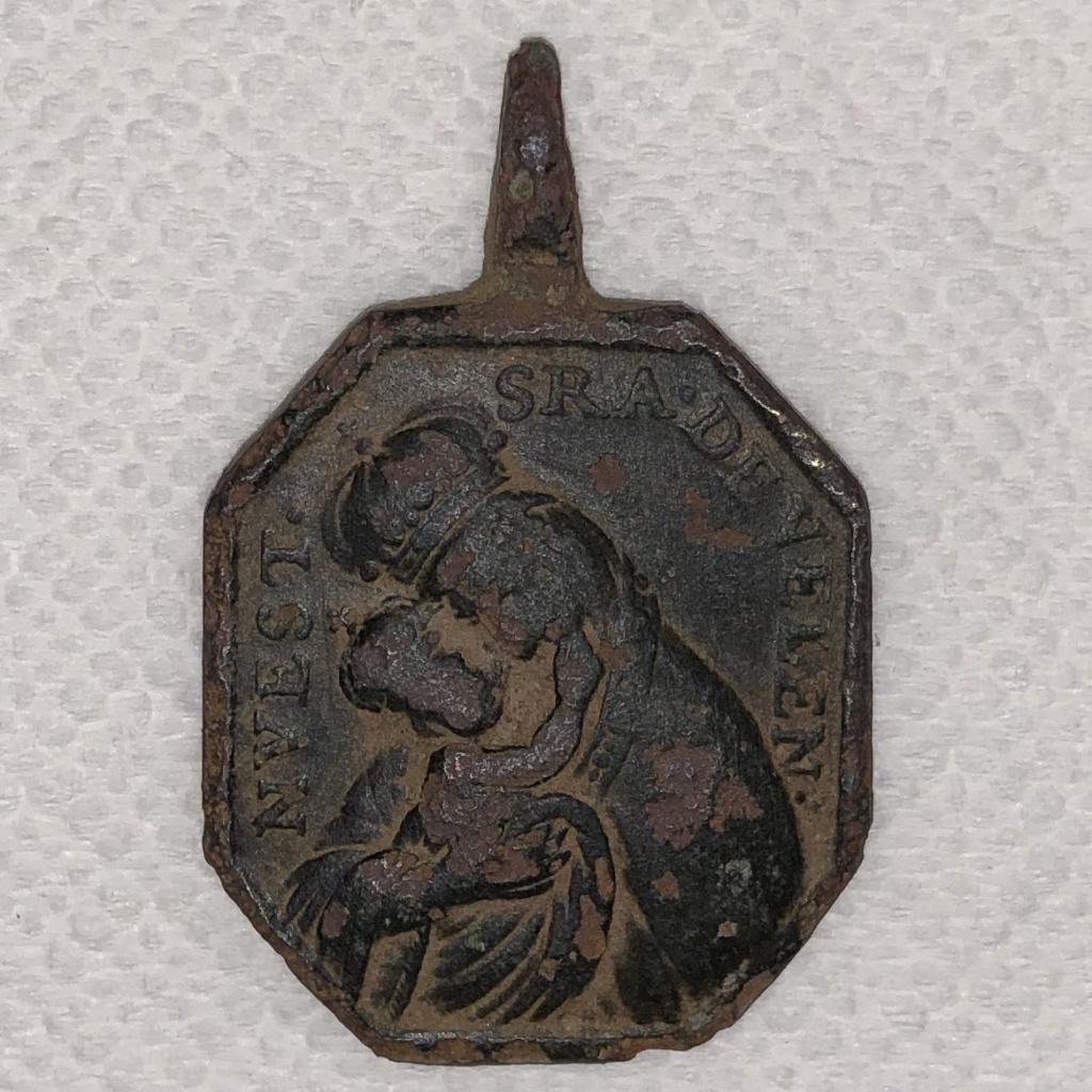 N. S. de Velen / Crucificado con Oración Protectora S-XVIII (AM) Img_0013