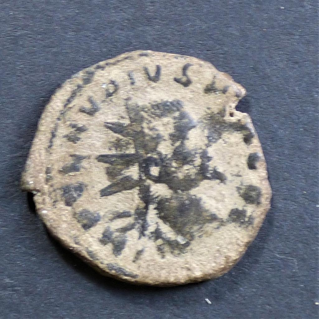Antoniniano de Claudio II. PAX AVG. Milán  P1030815