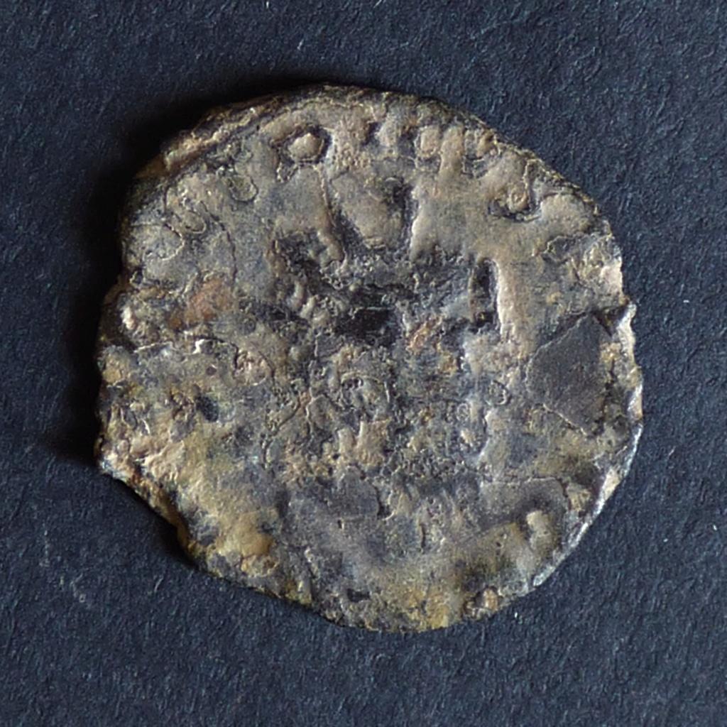 Antoniniano de Tétrico I. PRINC IVVENT. (hibrida) P1030910
