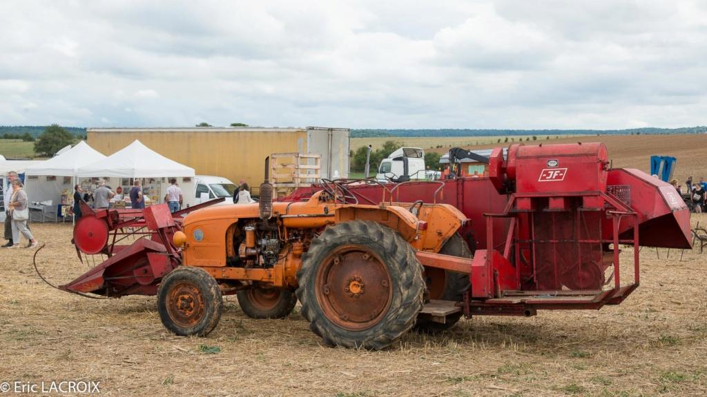 Les tracteurs RENAULT manifestent en photo... 2017_018