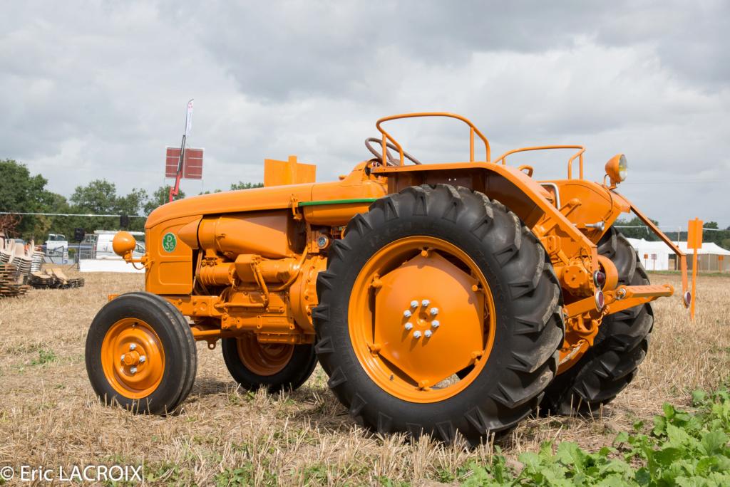 Les 100 ans du tracteur RENAULT en photo... 2018_017