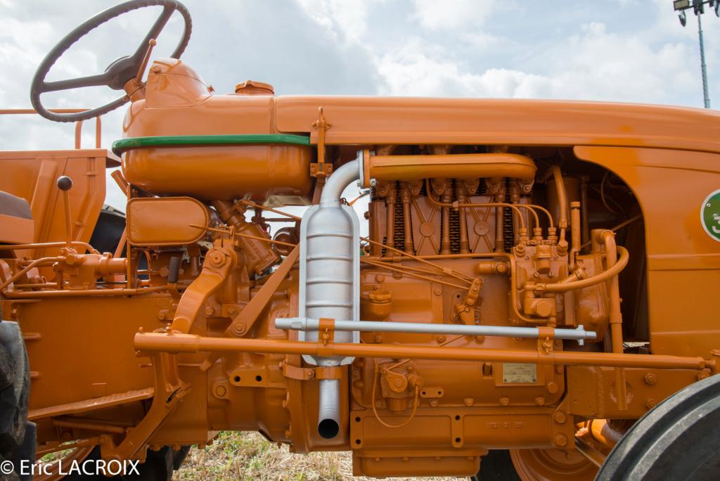 Les 100 ans du tracteur RENAULT en photo... 2018_025
