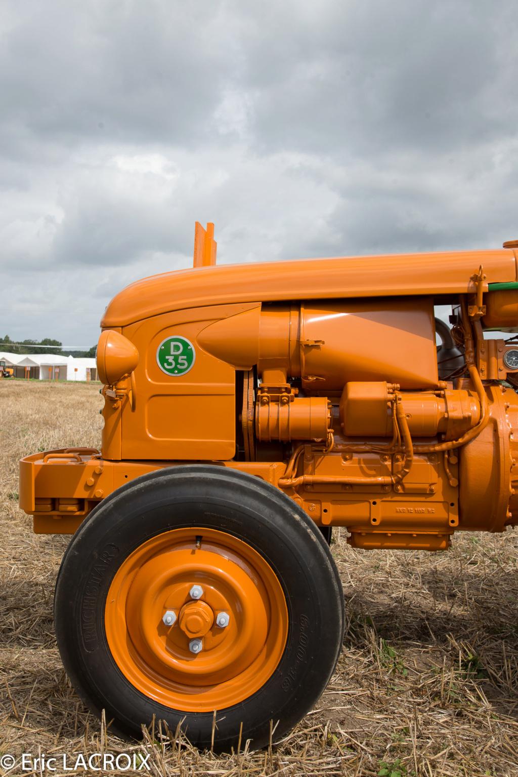 Les 100 ans du tracteur RENAULT en photo... - Page 2 2018_033