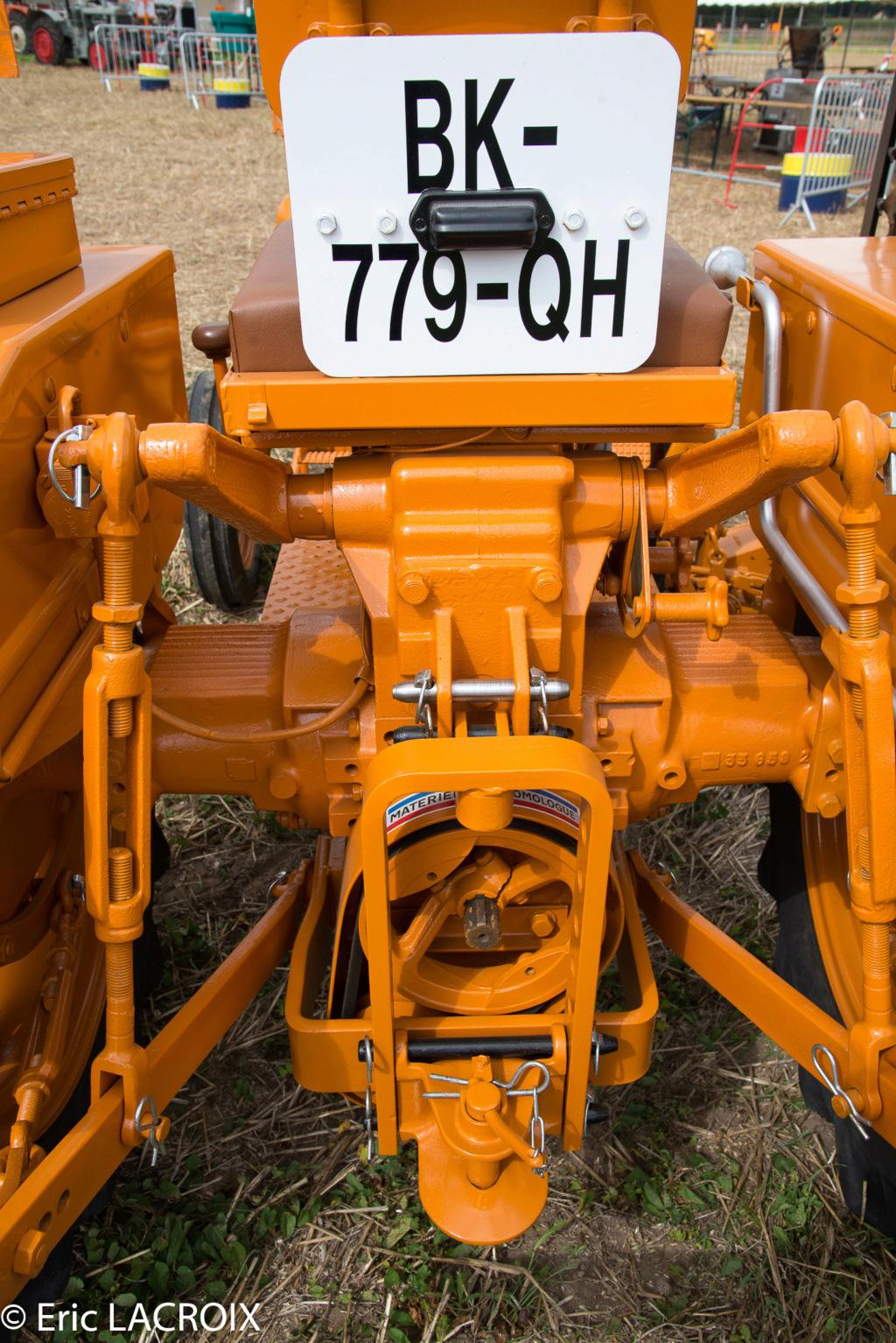 Les 100 ans du tracteur RENAULT en photo... - Page 2 2018_042