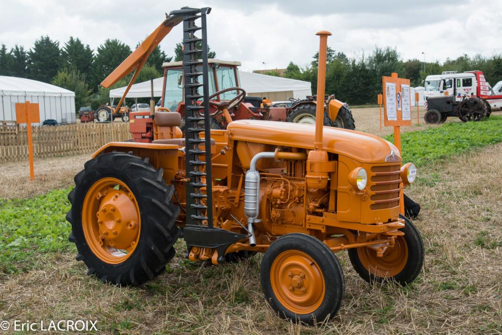 Les 100 ans du tracteur RENAULT en photo... - Page 2 2018_046