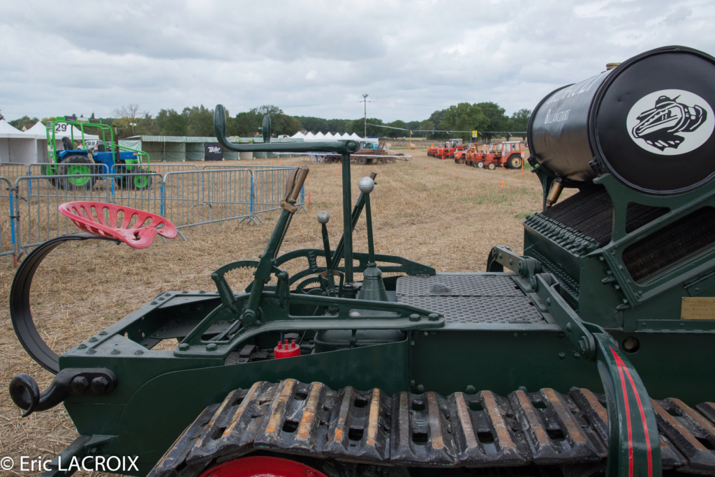 Les 100 ans du tracteur RENAULT en photo... - Page 2 2018_060