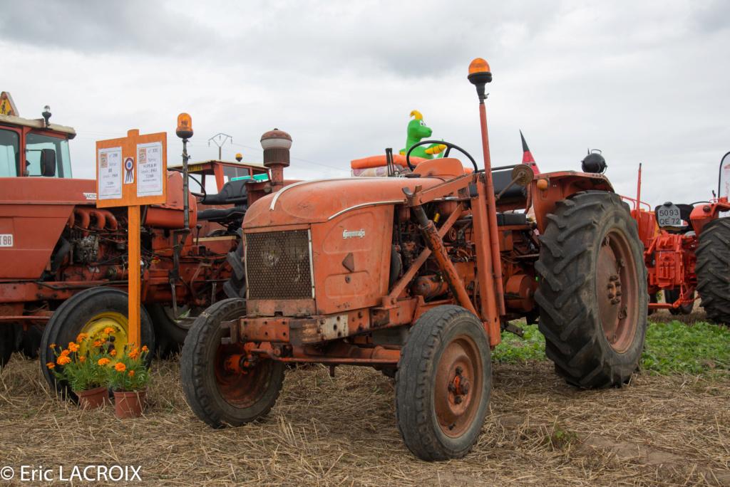Les 100 ans du tracteur RENAULT en photo... - Page 17 2018_389