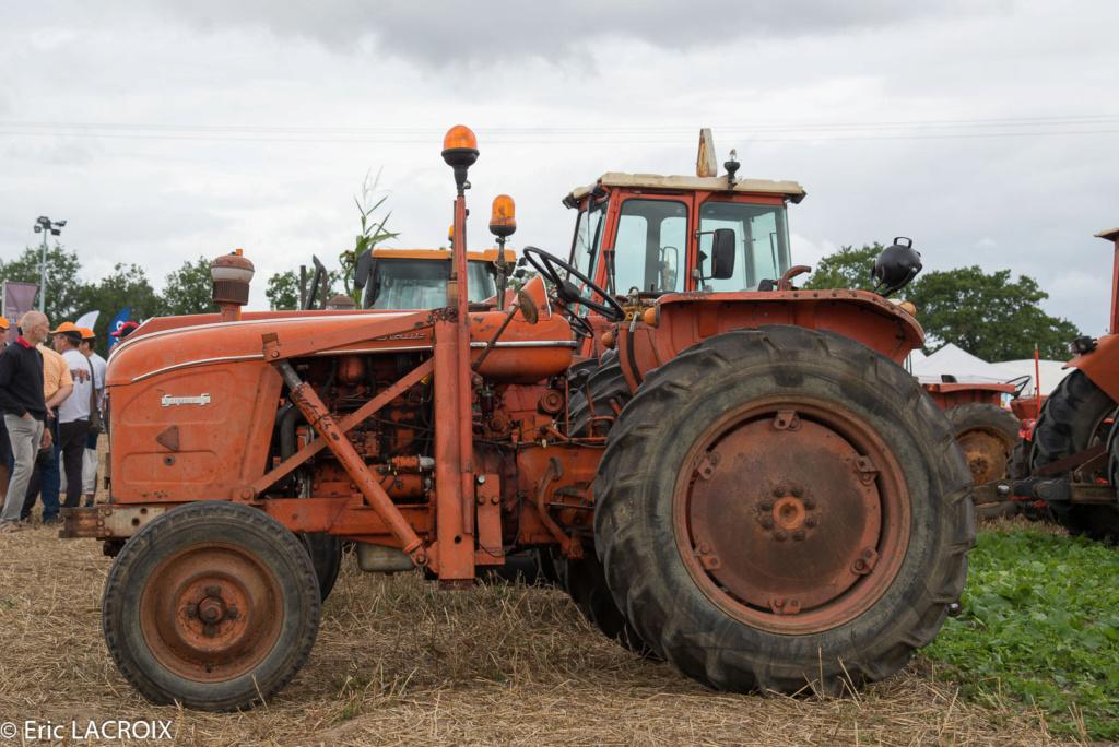 Les 100 ans du tracteur RENAULT en photo... - Page 17 2018_390
