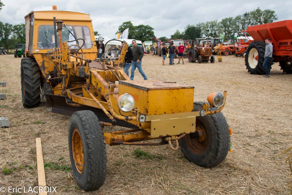 Les 100 ans du tracteur RENAULT en photo... - Page 18 2018_406
