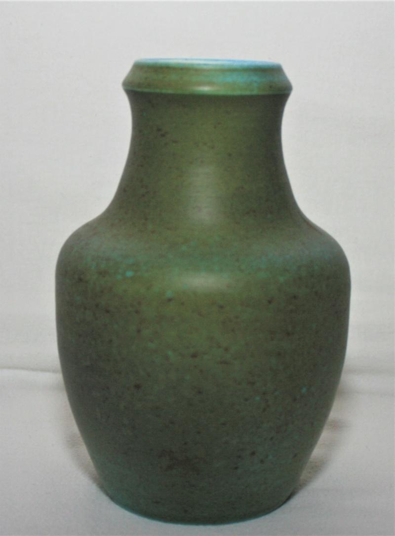 French vase - De L'abbaye De Wisques, France  Green_18