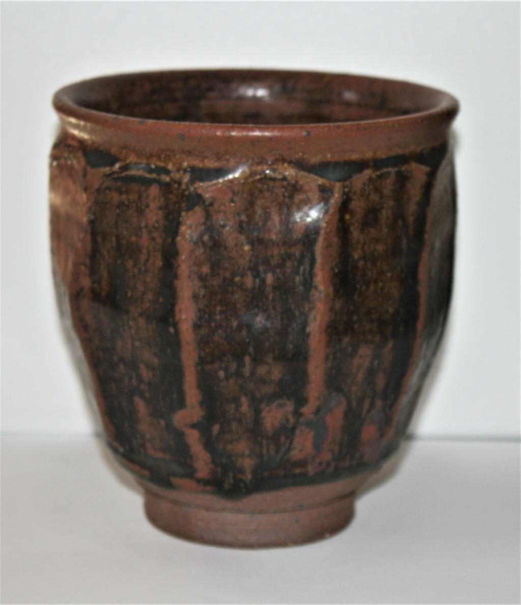 IS THIS GUY PERKINS POTTERY? Guy_pe11