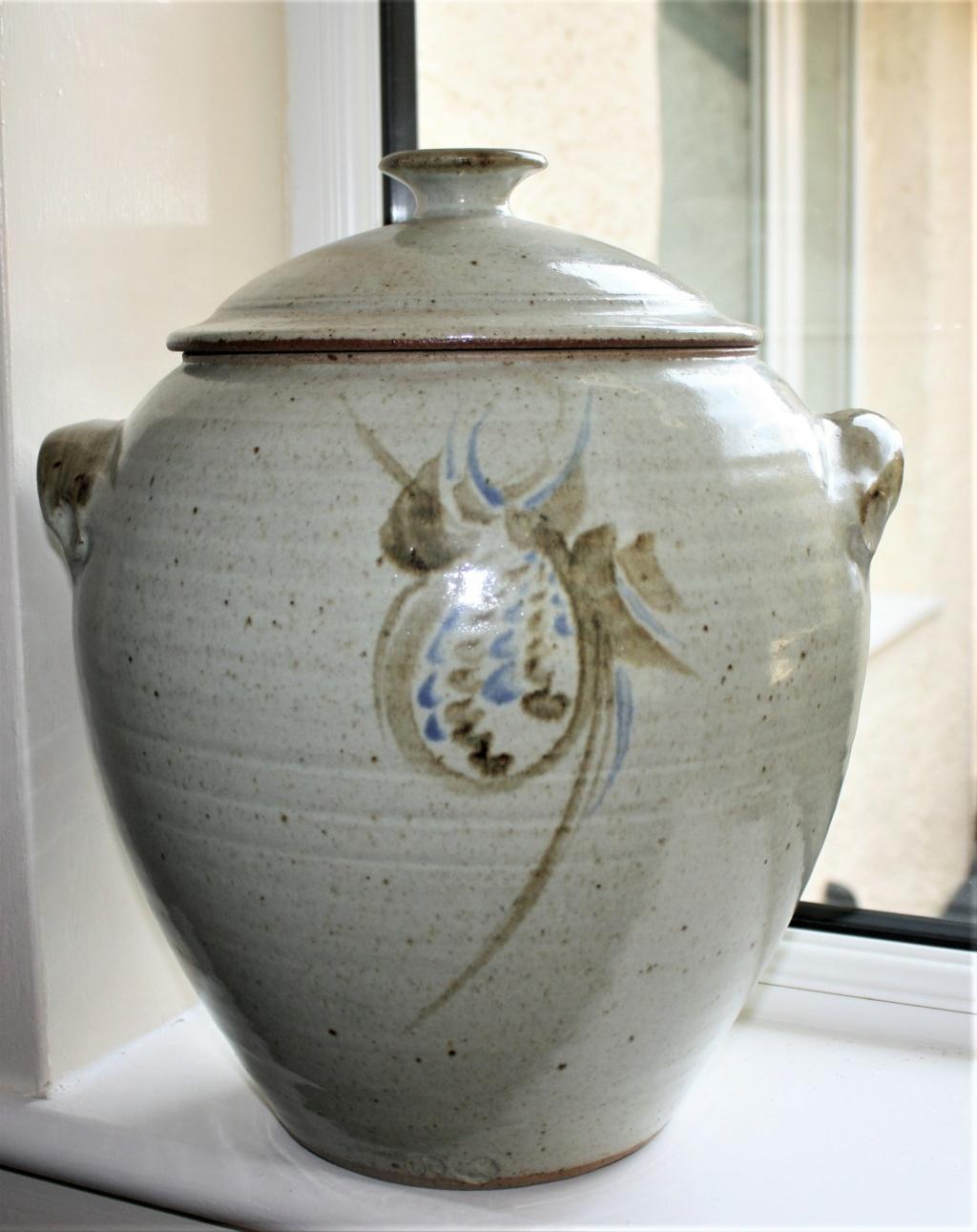 Very large lidded pot rjc mark - Roger Cockram Large_11