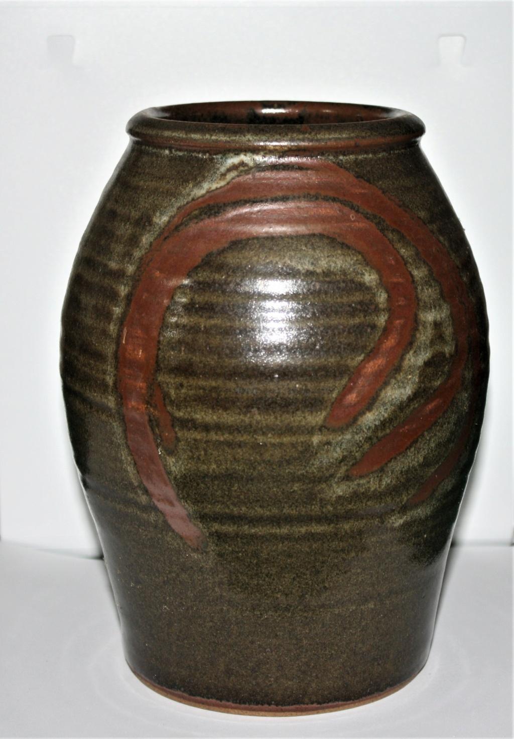 """Muchelney vase inscribed """"INB"""" Mulche12"""