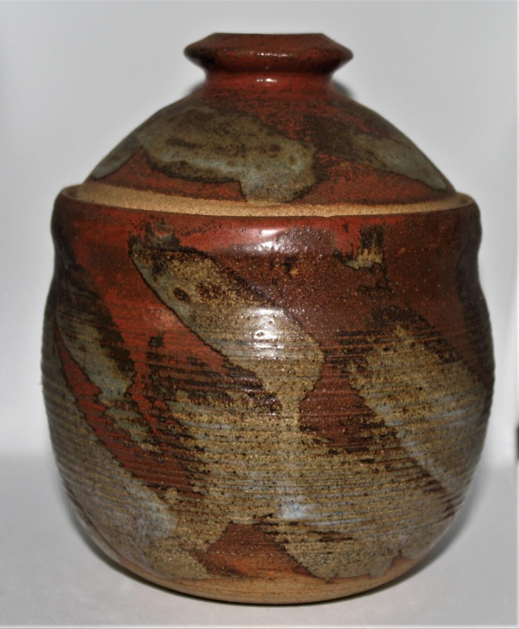 Mystery lidded pot with BL mark Studio12