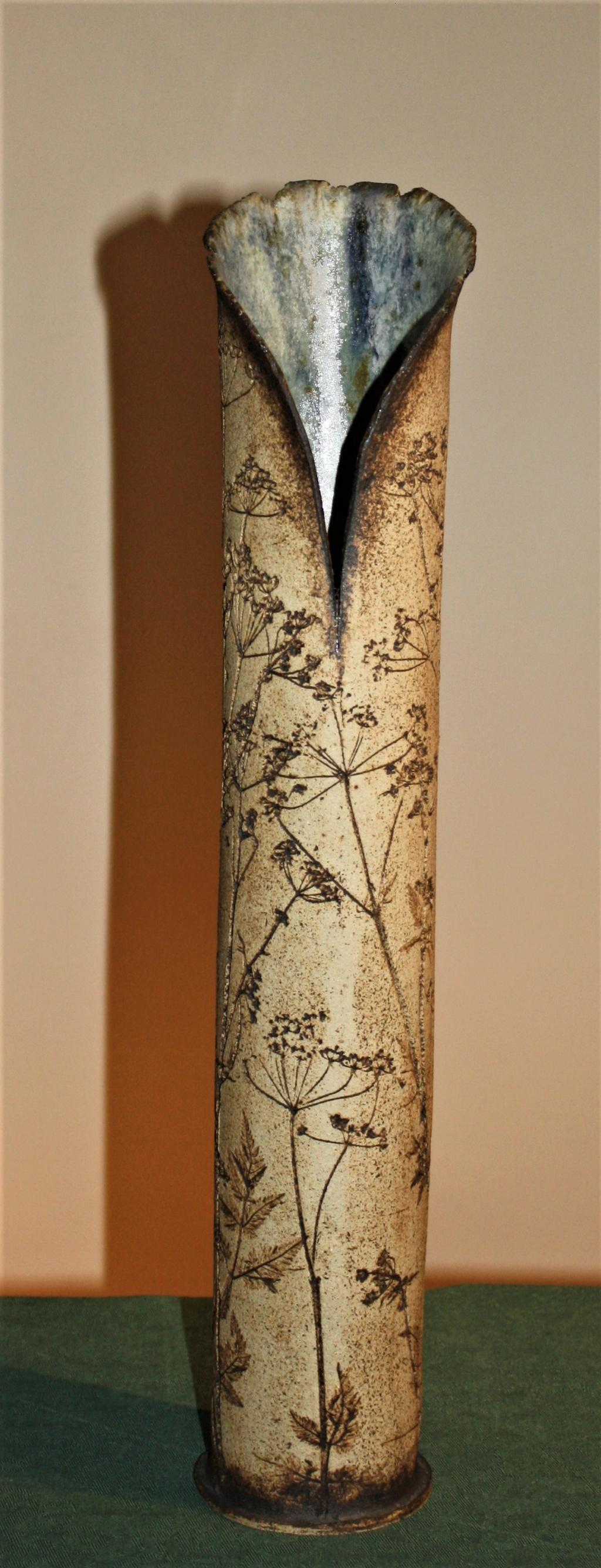 Fabulous tall vase potters mark looks like a G any ideas? Tall_s13