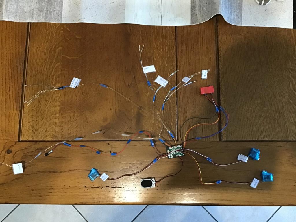 Montage et installation d'un «kit sons et lumières» (MTM) sur mon New Jersey A75bed10