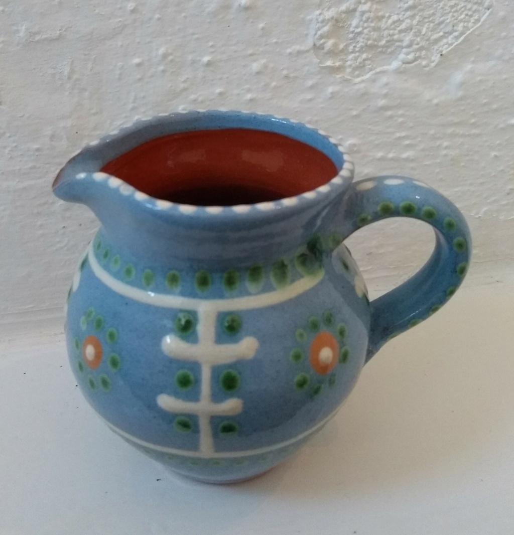 Small round jug, blue, decorated, HJ mark Img_2014