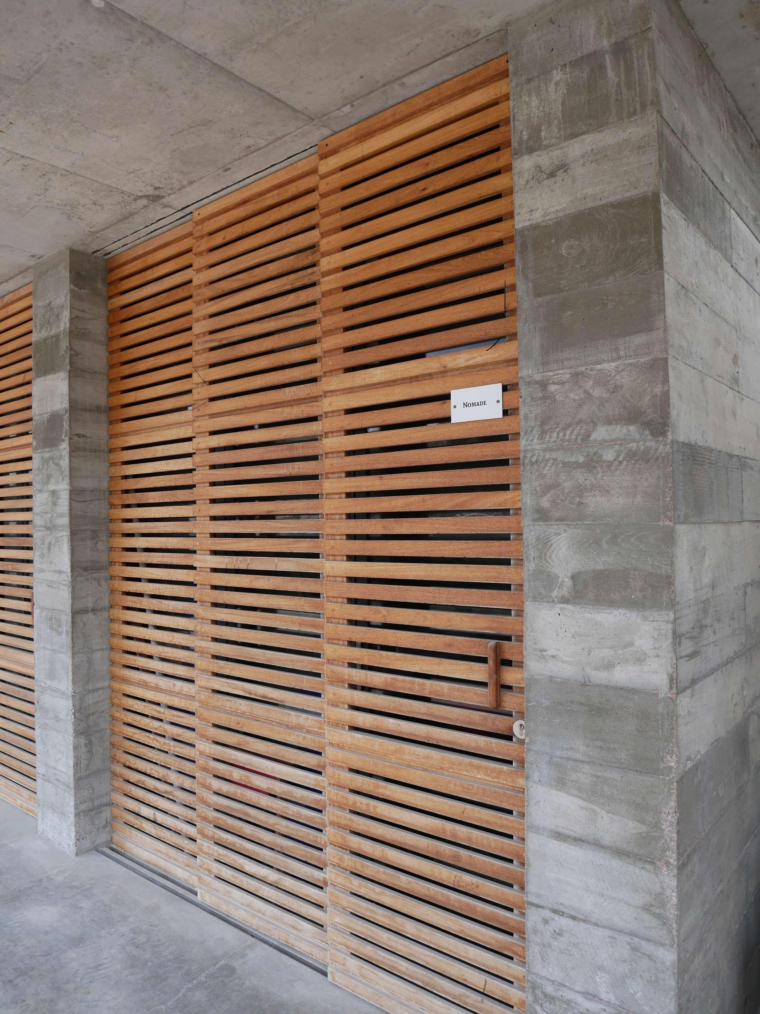 Matrices en bois pour mur en banché P1240810