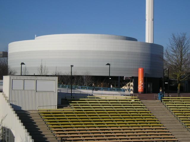 La Citadelle du Vertige (Pavillon 360°) - (2008-2010) - Page 7 P2093113
