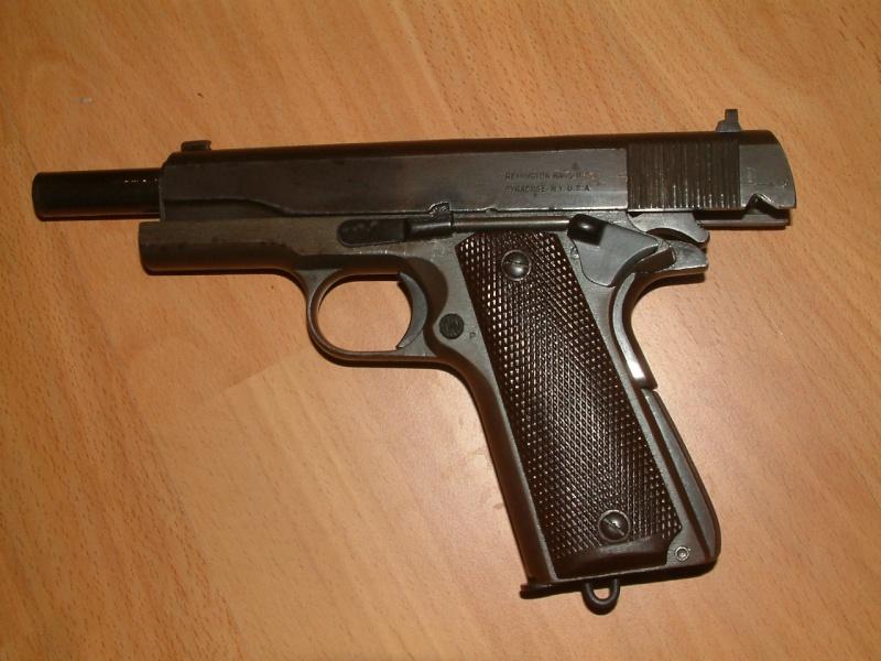 Colt .45 , modèle 1911 et 1911A1 Dscf1119