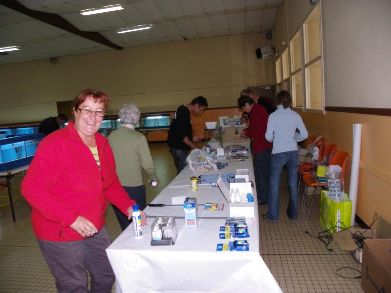 bourse aquariophile : St Hilaire de Villefranche le 17 octobre 2010 Imgp2427