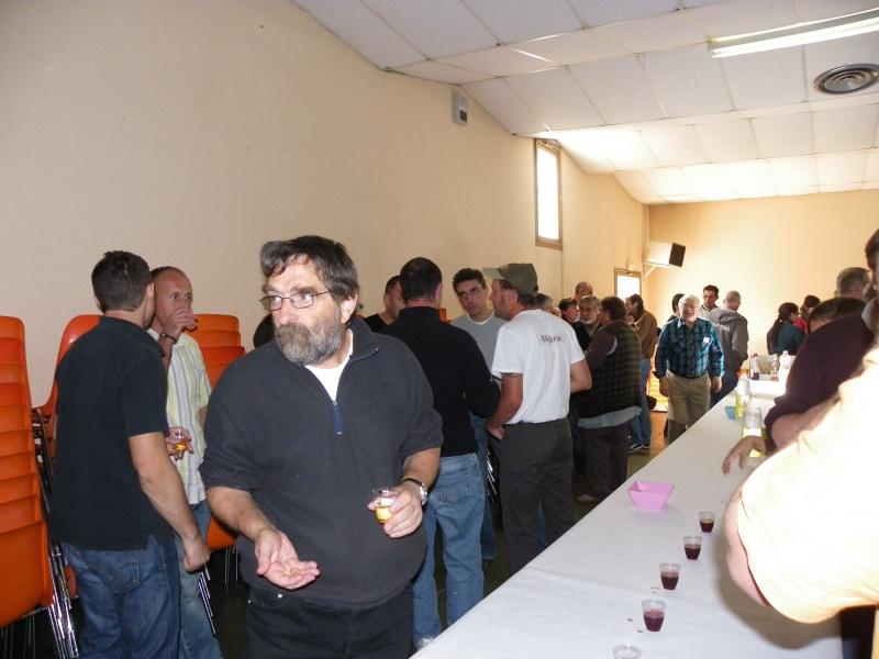 bourse aquariophile : St Hilaire de Villefranche le 17 octobre 2010 Imgp2479