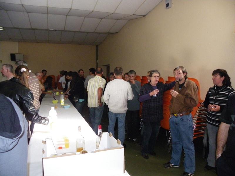 bourse aquariophile : St Hilaire de Villefranche le 17 octobre 2010 Imgp2482