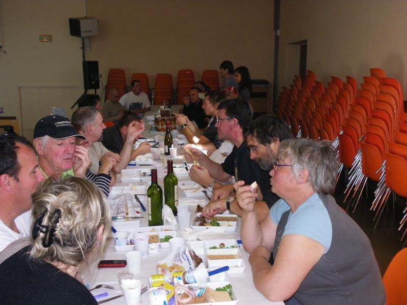 bourse aquariophile : St Hilaire de Villefranche le 17 octobre 2010 Imgp2483
