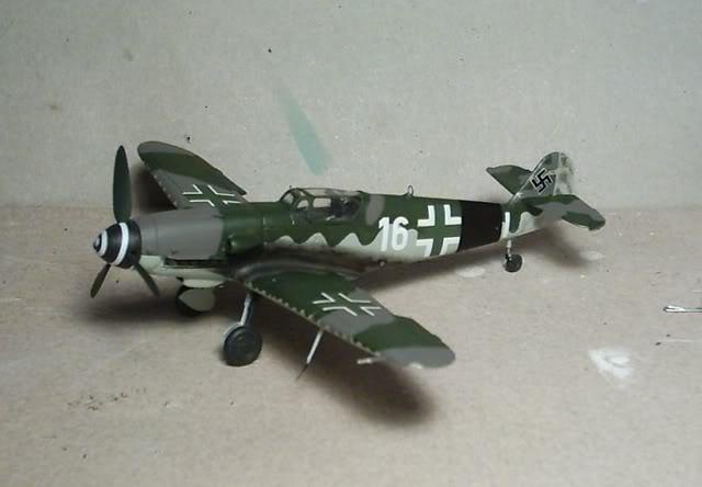 [Heller] Messerschmitt Bf 109 K-4 Messer15