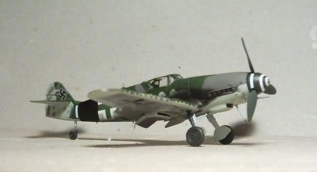 [Heller] Messerschmitt Bf 109 K-4 Messer16