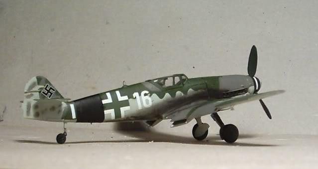 [Heller] Messerschmitt Bf 109 K-4 Messer17