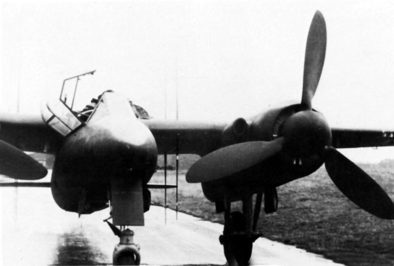 Revell-Monogram Focke-Wulf TA154A-0 Moskito Ta154a11