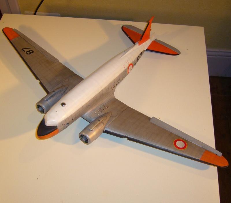 C 47 D Dakota, Aéronautique Navale Française. Trumpetter 1/48 P1010614