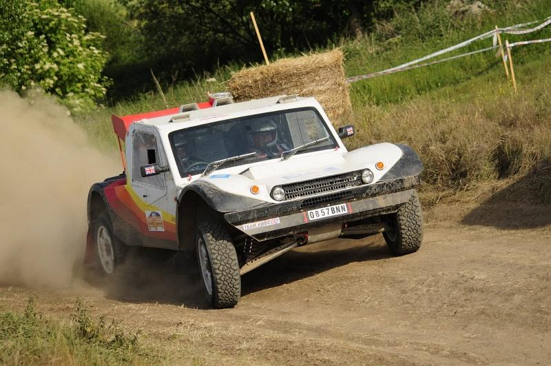 Photos/Video of Rick & Sandra Mann, English Rainbow Car 23 Jean_d50